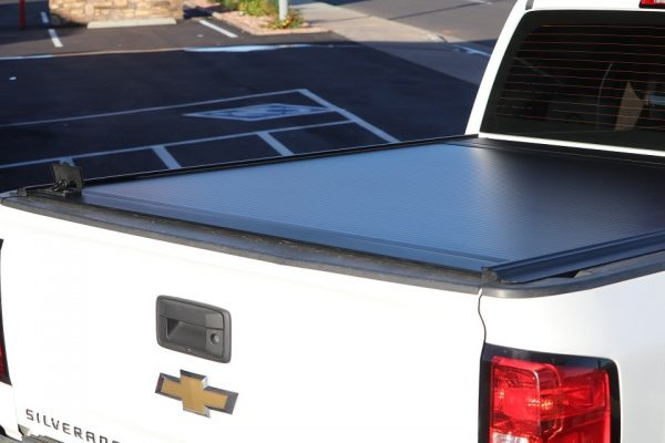 Chevy Silverado RetraxONE MX Retractable Cover