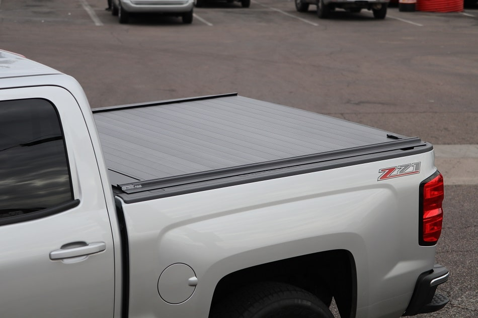 GMC Sierra Tonneau Cover RetraxPRO MX