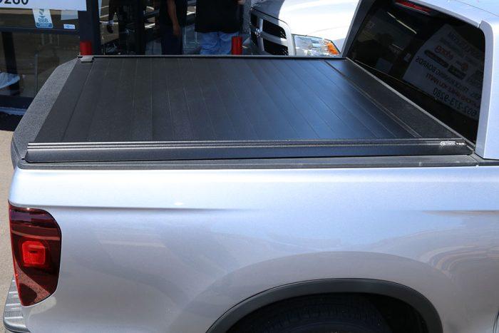 RetraxPRO MX 2017 Honda Ridgeline Retractable Bed Cover
