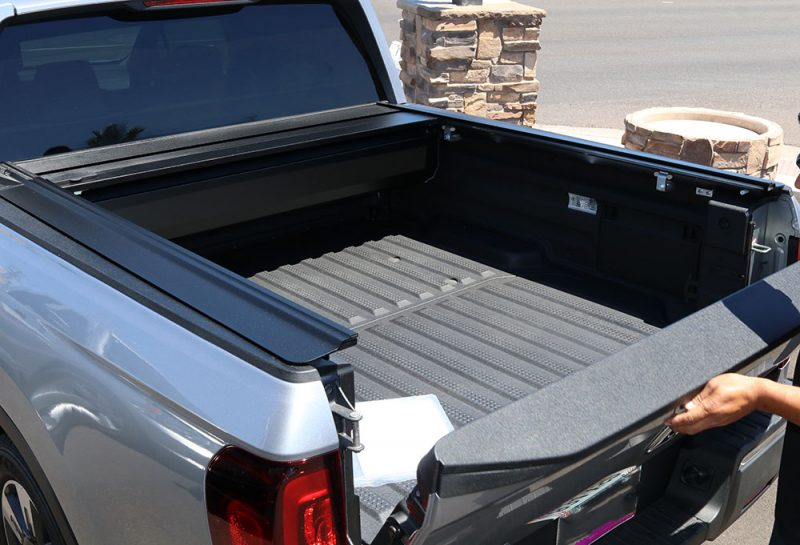 2017 Honda Ridgeline RetraxPRO MX Retractable Tonneau Covers