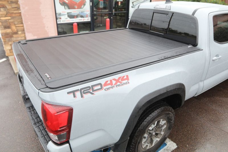 TOYOTA TACOMA RETRAXPRO MX 6FT BED