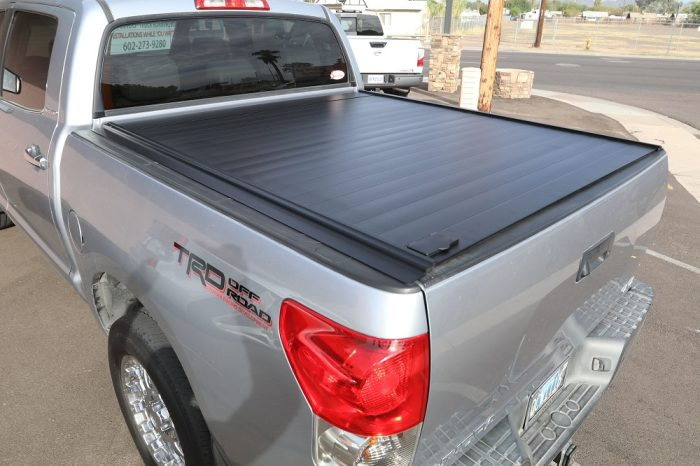 TOYOTA TUNDRA RETRAXPRO MX Bed Covers