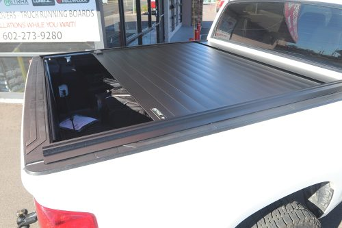 Toyota Tundra RetraxPRO MX Cover