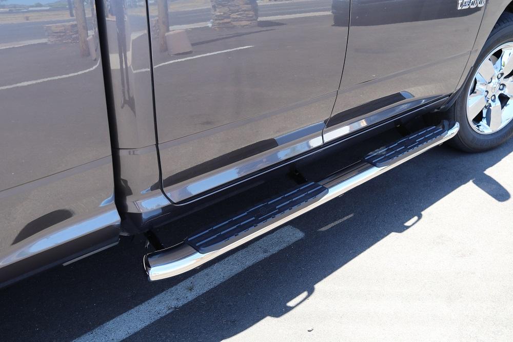 RAM 1500 Quad Cab 4 Inch Nerf Bars