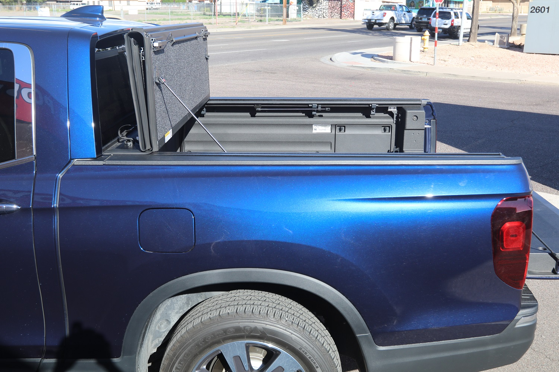 Honda Ridgeline UnderCover Ultra Flex Truck bed Cover