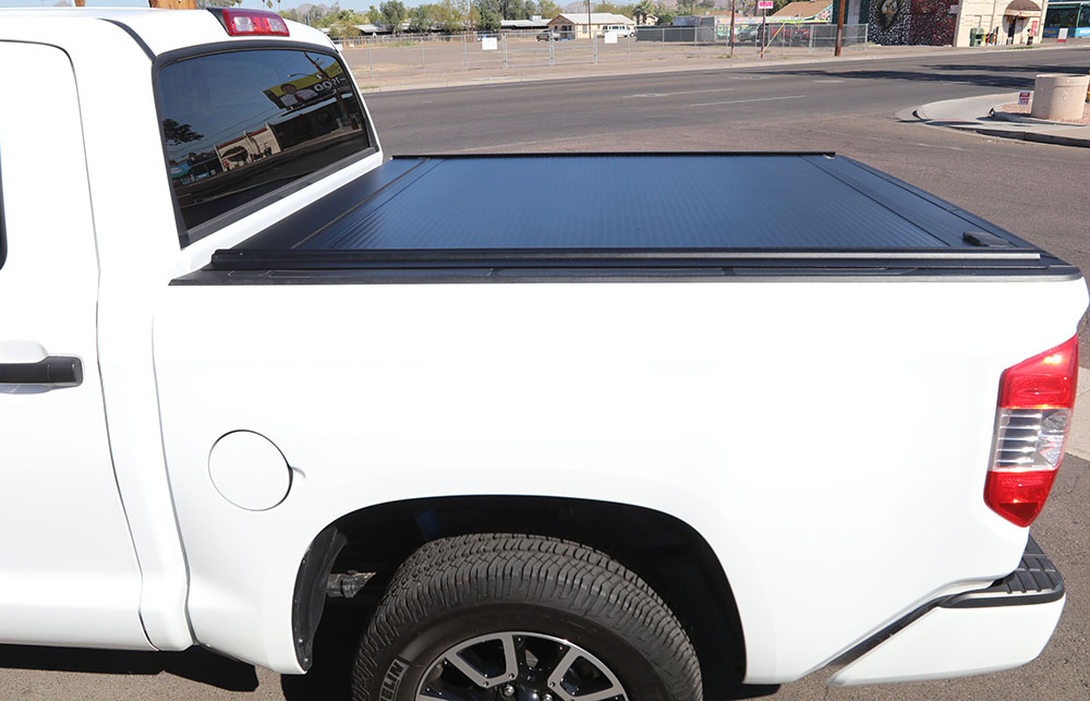 TOYOTA TUNDRA RETRAXONE MX Truck Bed Cover