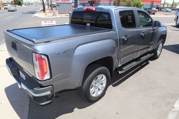 GMC-CANYON-RETRAXONE-MX-truck-bed-cover.jpg