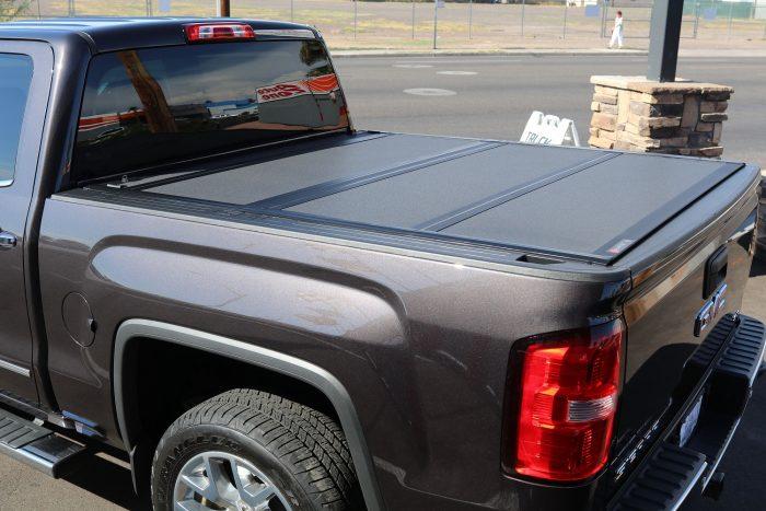 GMC SIERRA BAKFLIP MX4 Truck Bed Cover