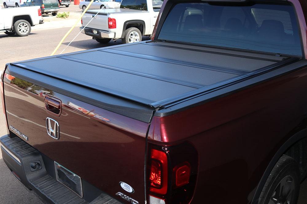 HONDA RIDGELINE BAKFLIP MX4 Truck bed Cover