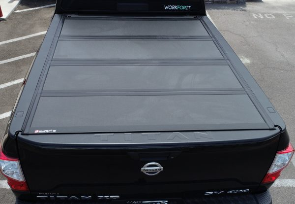 nissan-titan-bakflip-mx4-hard-truck-bed-covers