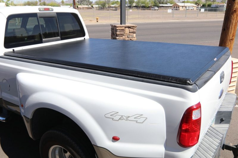TRUXPORT TRUXEDO FORD F250 ROLL UP BED COVER