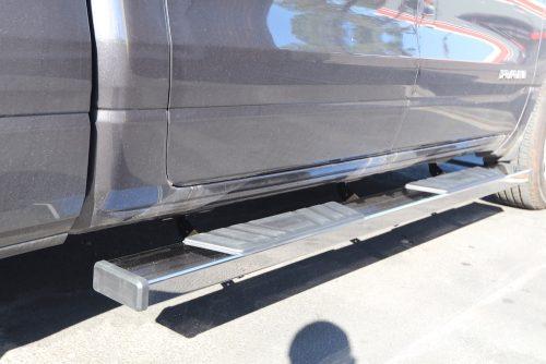 2021 ram 6 inch running boards
