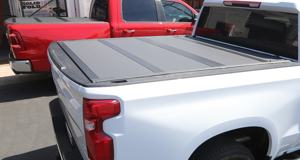 2019 chevy silverado bakflip mx4 truck bed cover