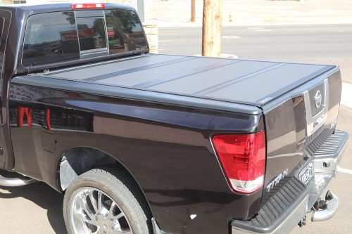 NISSAN TITAN BAKFLIP MX4 TRUCK BED COVER