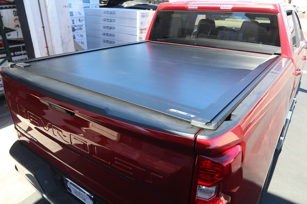retraxone xr retractable truck bed cover
