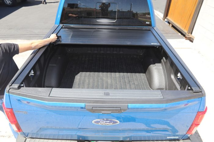 retraxpro xr truck bed cover on ford f150